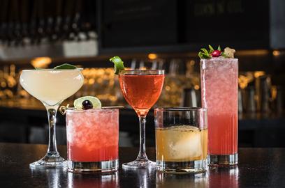 Cocktails at Poítin