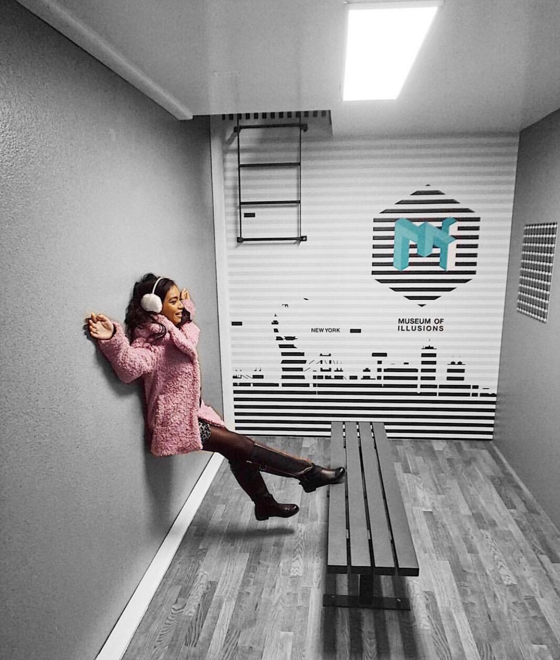 Linda Tran in Museum of Illusions in New York