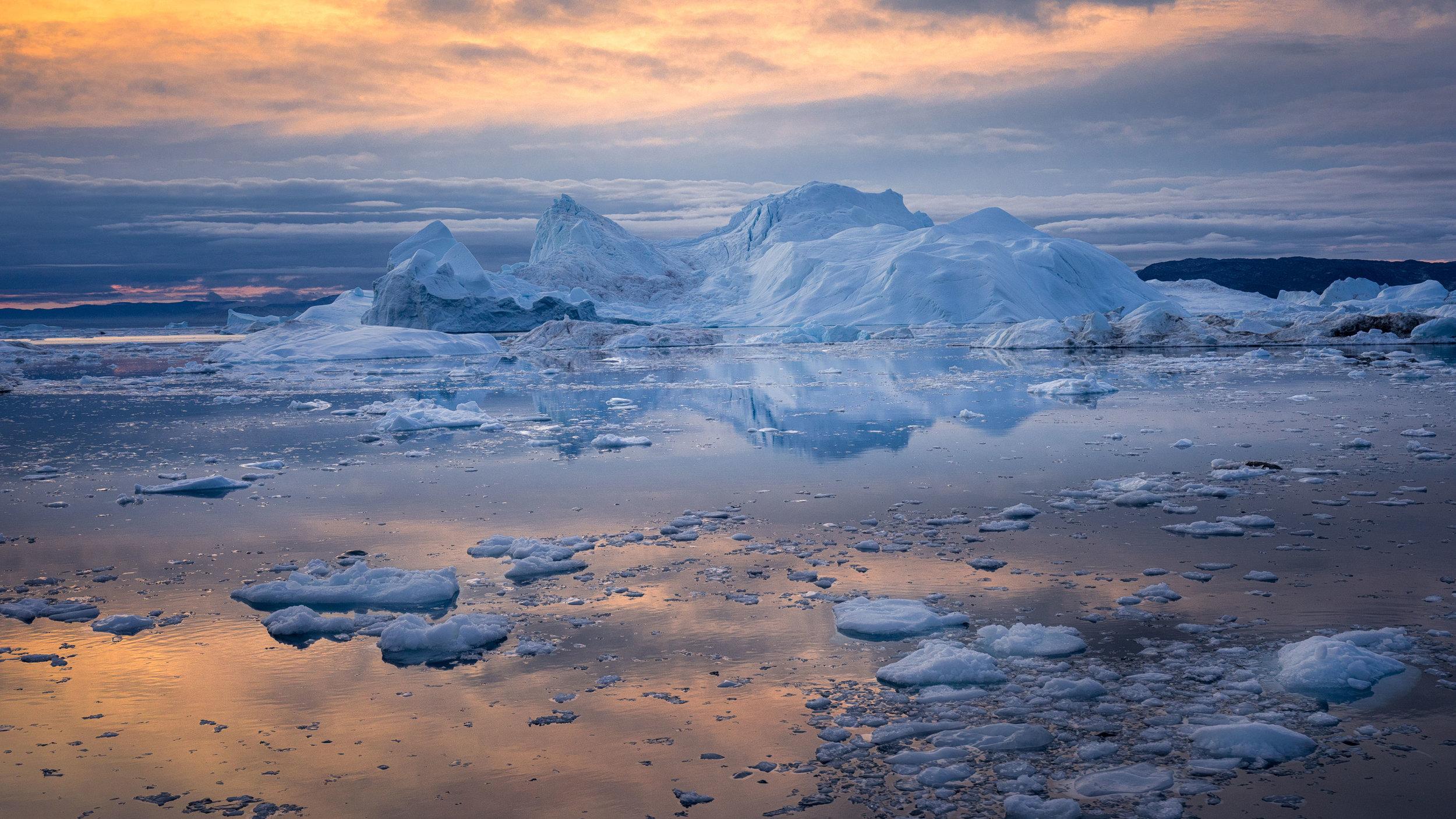Anthropomorphic ice