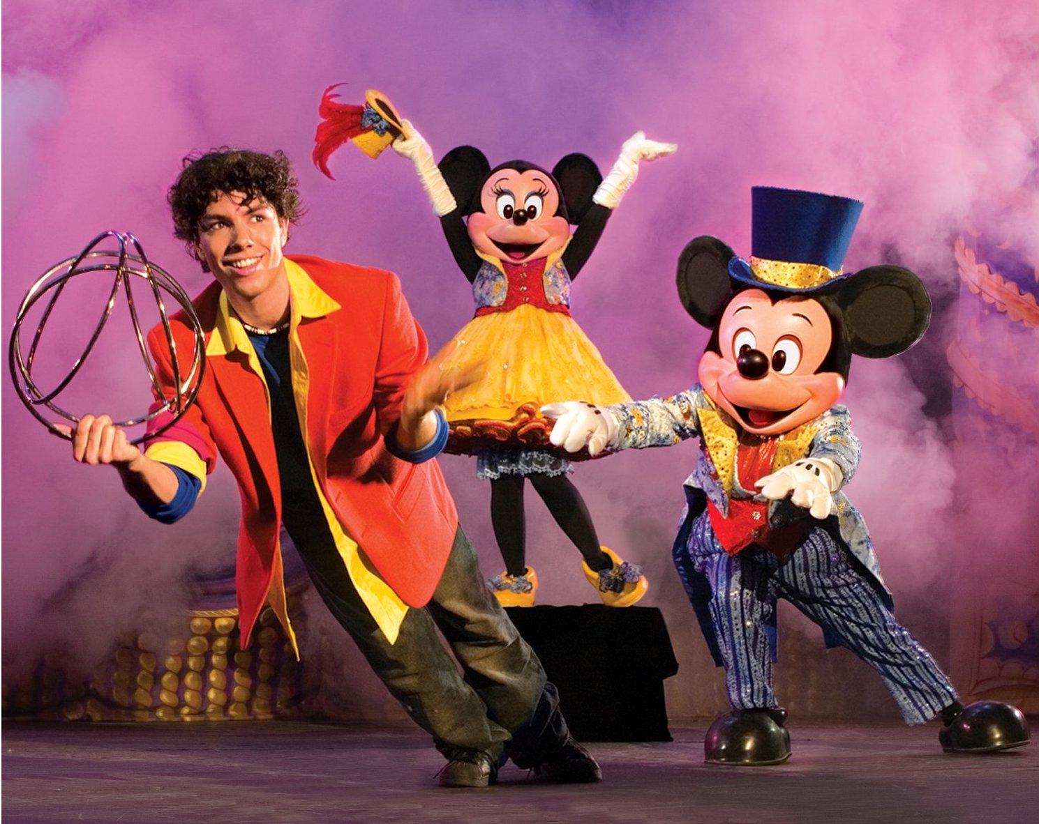 Alex Ramon Disney LIVE