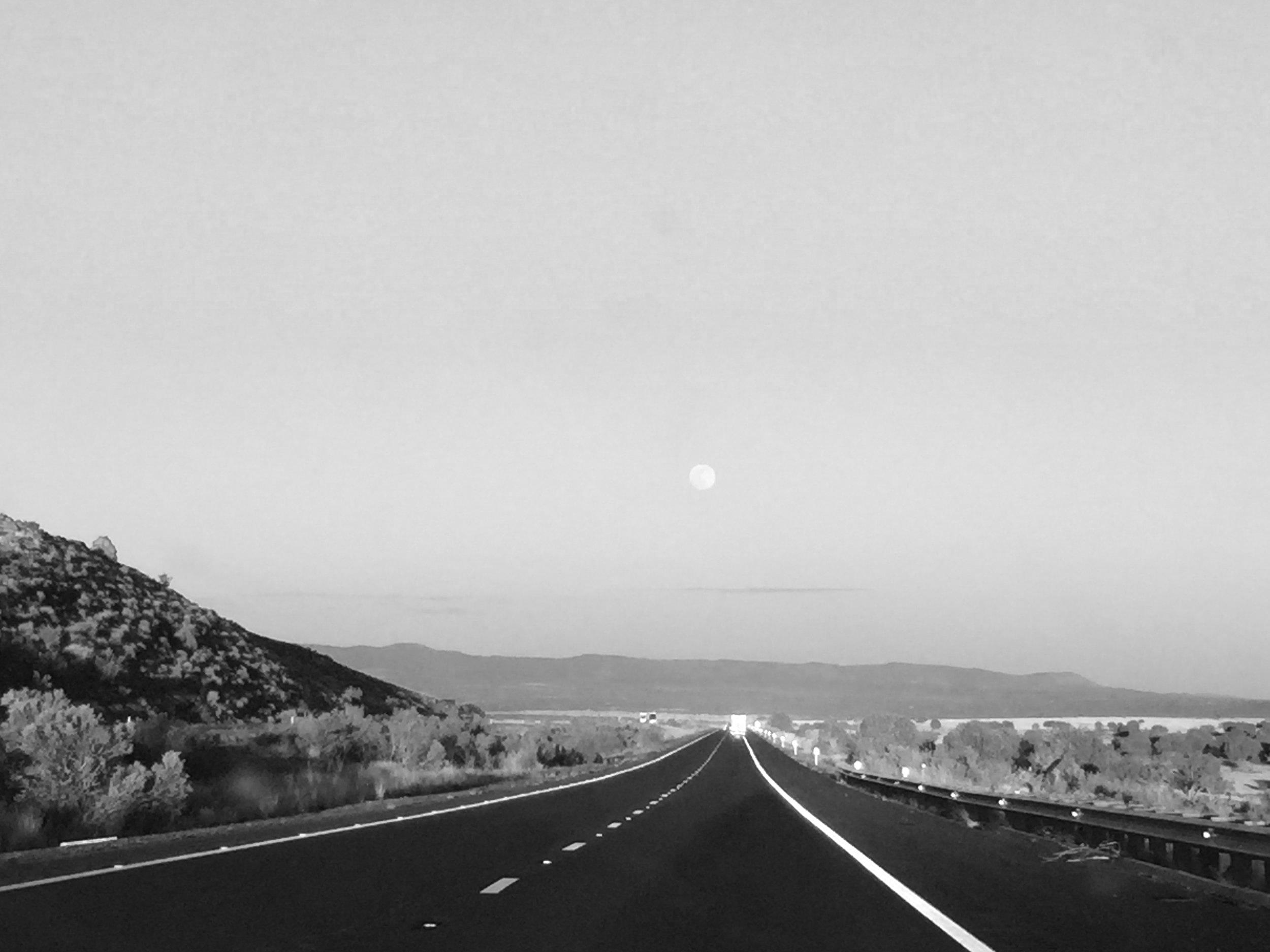 On the road_Arizona2.jpg