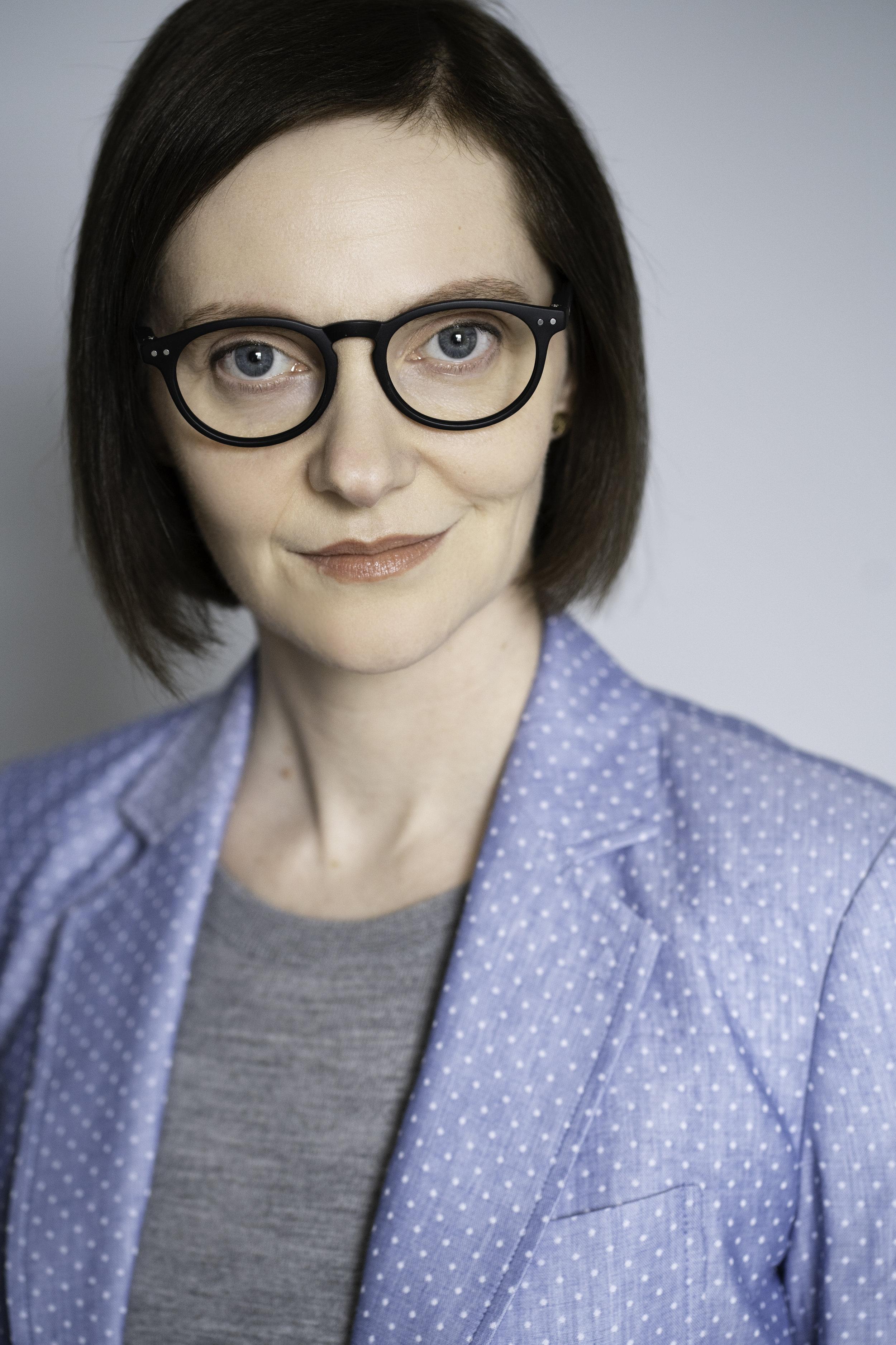 Catherine-Headshot-B02653.jpg