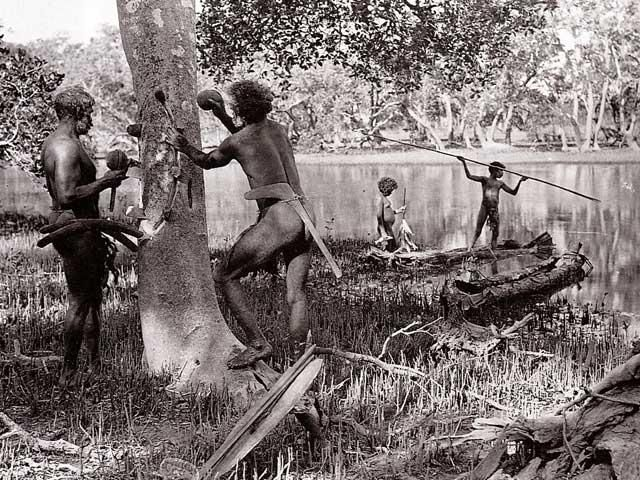 """- """"As with indigenous peoples across Australia, the clans of the East Kulin [Melbourne, Port Phillip and Central Victoria] were hunter gatherers""""Dr Gary Presland, History and Archaeology Graduate La Trobe University and University of London with a forty year research history of the Aboriginal and natural history of the Melbourne area, in First People, the Eastern Kulin of Melbourne, Port Phillip and Central Victoria, Museum Victoria Pub. (2010)."""