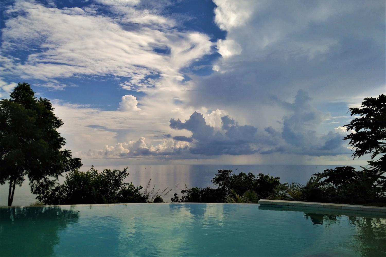 pool-clouds.jpg