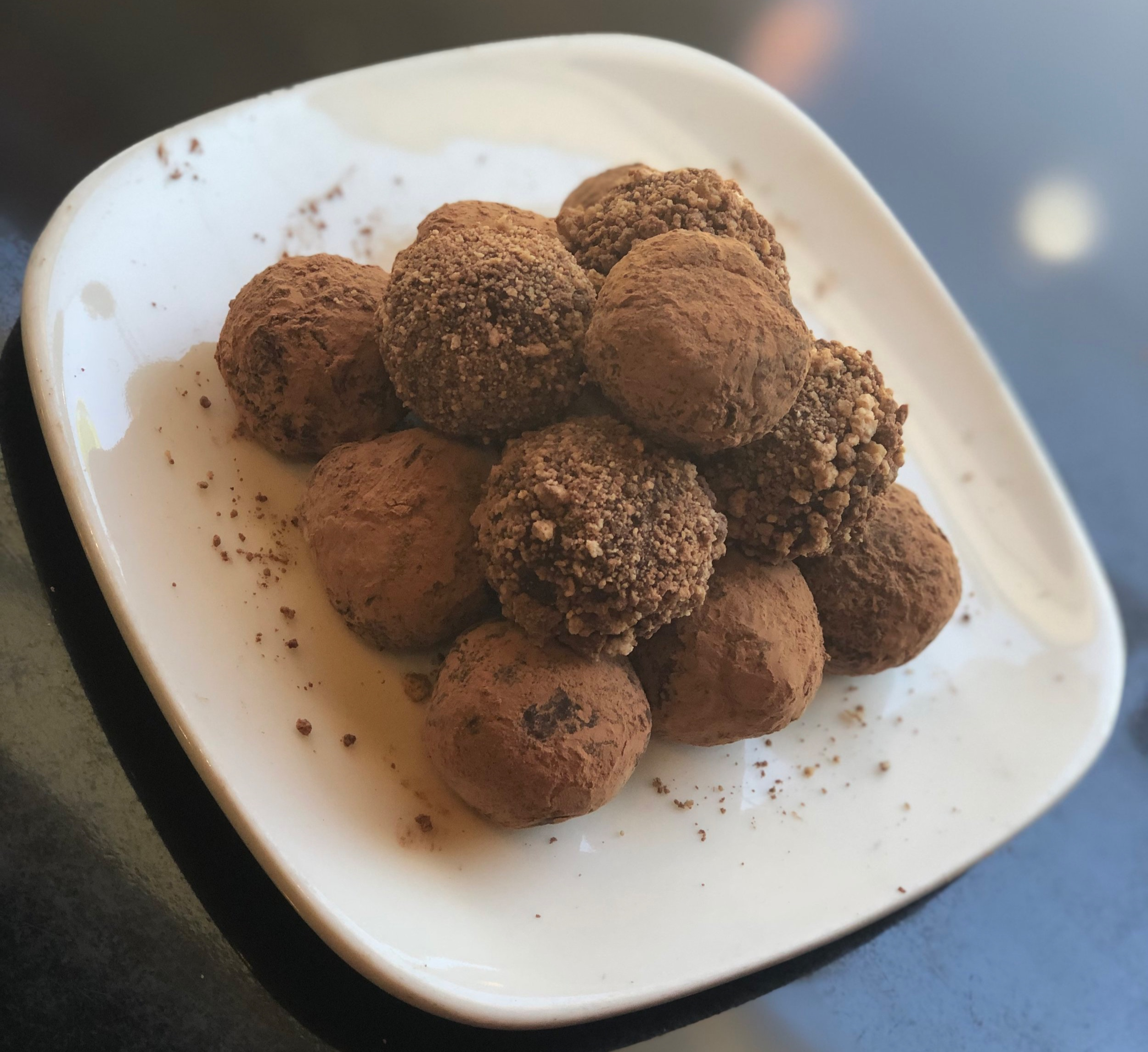 Classic - Coco Powder Dusted    Cookie Crusted