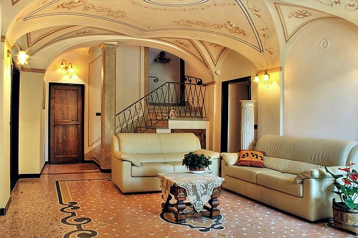 villa_scasso_ingresso.jpg