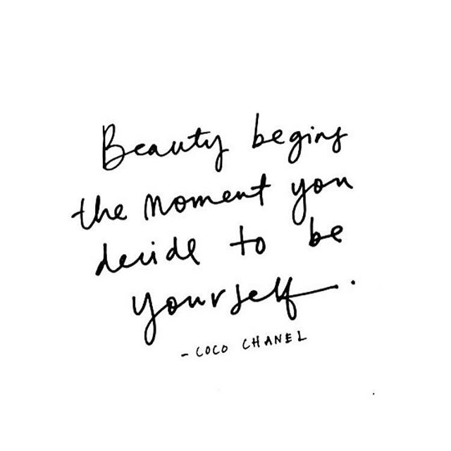 """Beauty begins the moment you decide to be yourself"". #CocoChanel. ⁣ ⁣ So... don't delay 🖤⁣ ⁣ ⁣ ⁣ ⁣ #monday #quote #quotes #mondaymotivate #mondaymotivation #motivation #getit #beauty #love #selflove #beyourself #beyou #confidence #authentic #creative #creatives #share #comment #like #commentary #podcast #podcasts #podcaster #podcasters #podcastersofig"