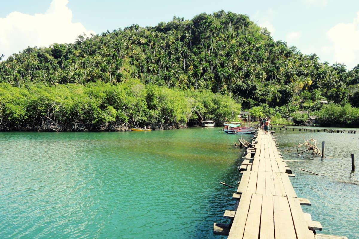 Puente Rio Miel