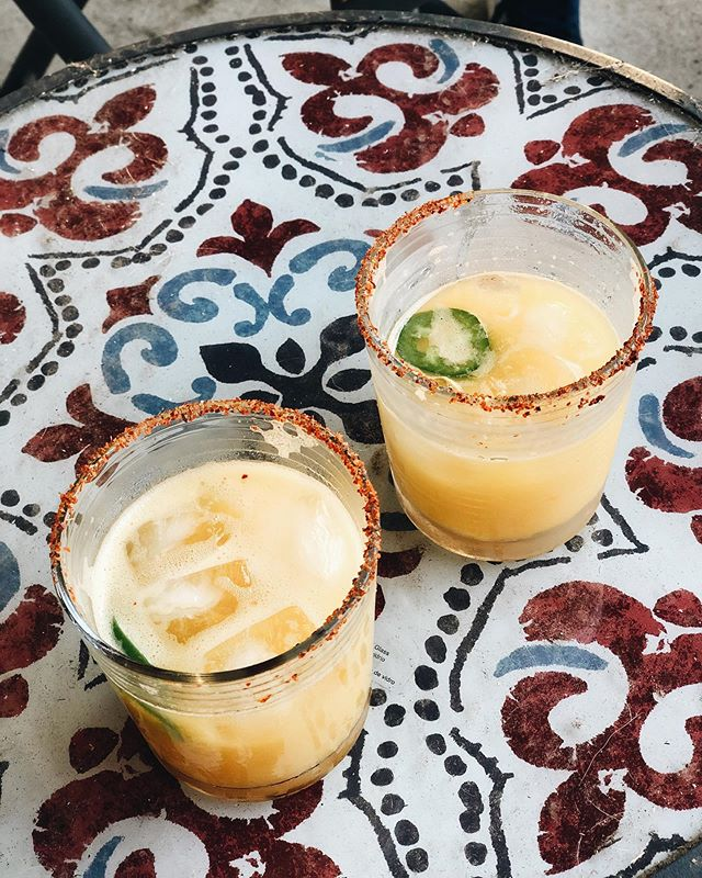Happy #SundayFunday! We've got a spicy marg recipe on the blog that your weekends are missing. ✨🍹Check it out and thank us later!