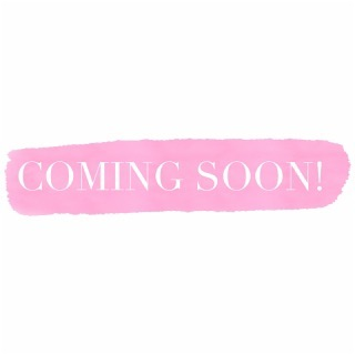 💫COMING SOON💫 - the 'Fluffy Brow' also known as Brow Lamination!  Fluffy Brow is a brand new brow trend that is super popular in the UK right now and is slowly making its way to our shores! ➖What is Brow Lamination? Brow lamination is a chemical process and the ultimate solution designed to straighten hairs in the desired direction creating volume, fullness and fluffy brows. It also corrects unruly hairs and improves brow symmetry ➖How do I maintain the 'Bushy look' ? Whilst your brows are wet in the morning, just brush them into place and your sorted! ➖How long does it last?  It can last anywhere up to 6 weeks. ➖How long does the treatment take? Approximately 30 minutes ⏰ ➖Who can't have brow lamination?  Anyone who is pregnant Anyone who is taking Roaccutane or any other acne drug/cream ➖How much is it? A brow lamination stylist can charge anywhere up to $80.  My pricing is yet to be confirmed. (Pictures are not my own work, inspo has come from @beautybyfaye and @browsbyclaudialouise )