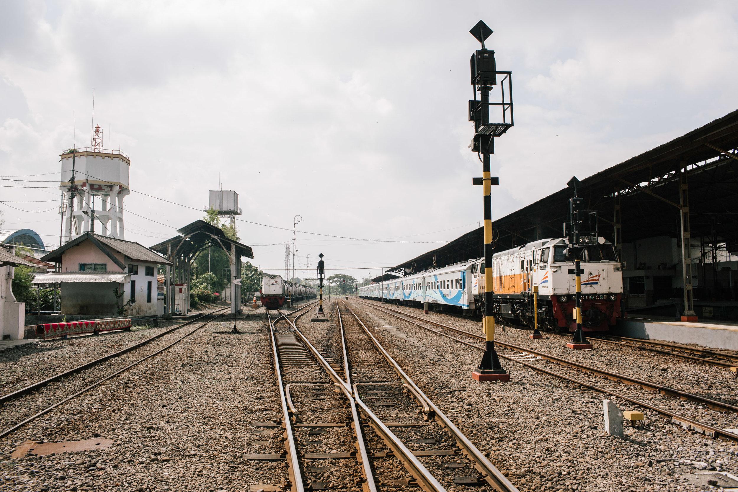 Agung Parameswara_Krakatau Express_10.JPG