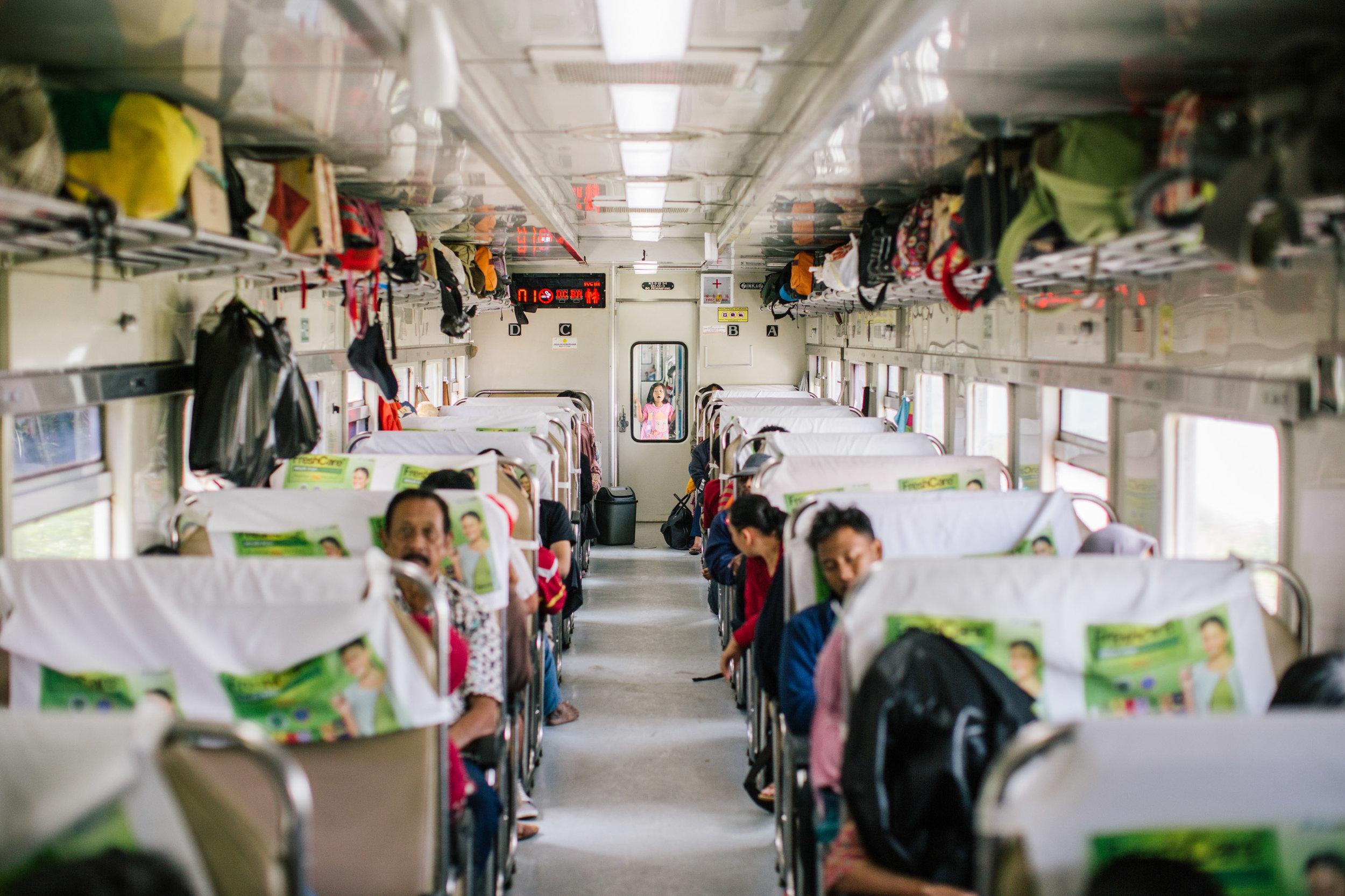 Agung Parameswara_Krakatau Express_15.JPG