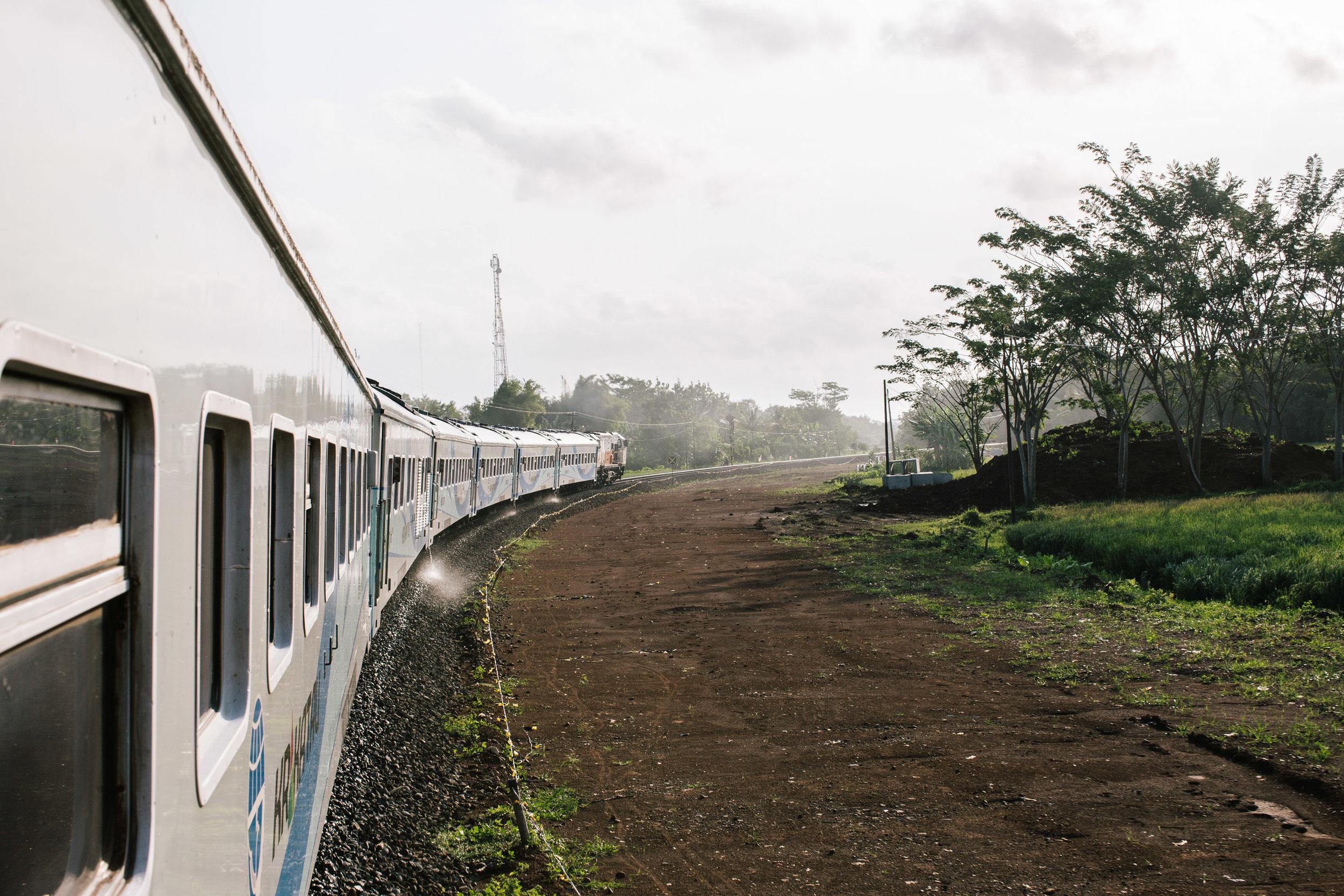 Agung Parameswara_Krakatau Express_20.JPG