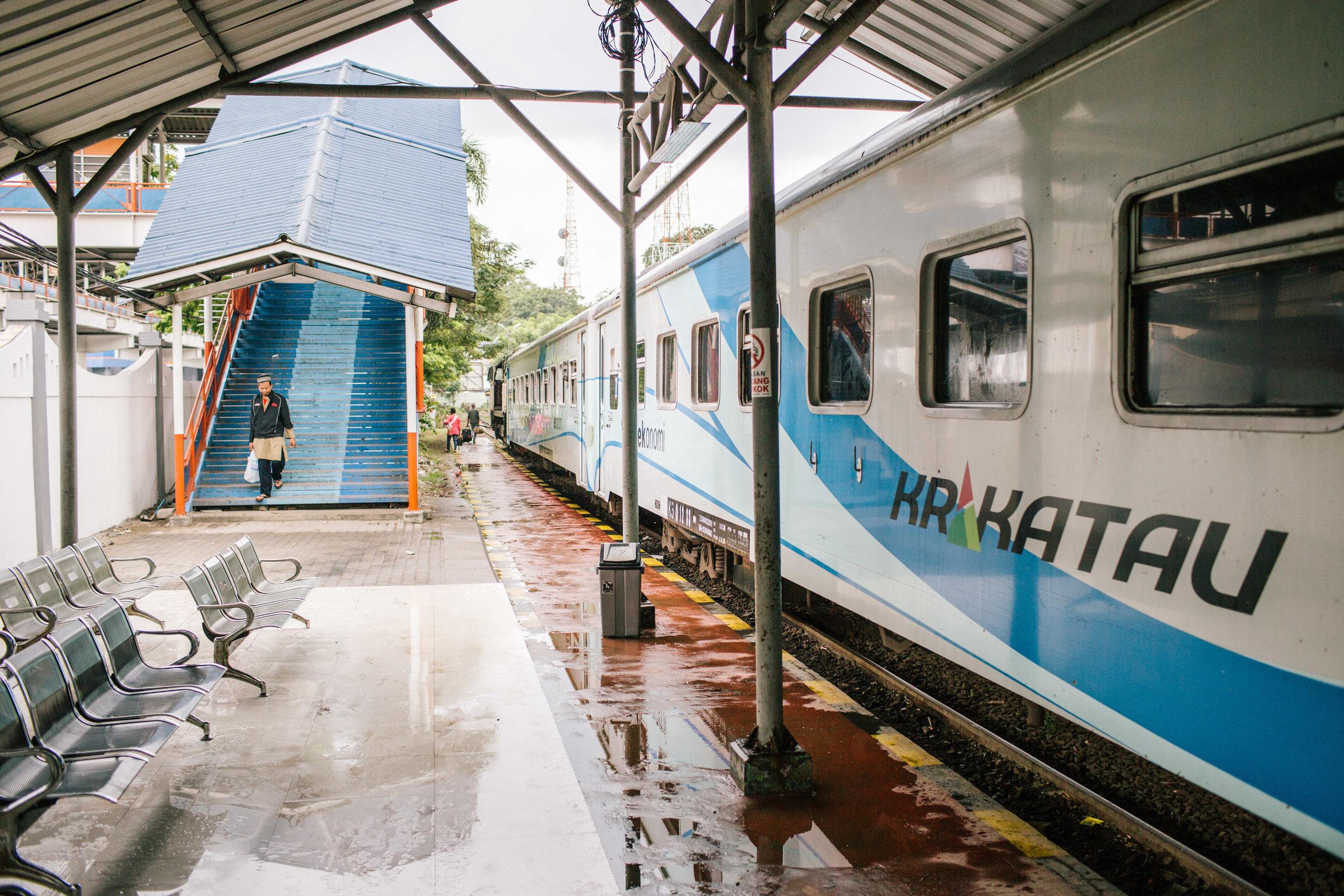 Agung Parameswara_Krakatau Express_25.JPG