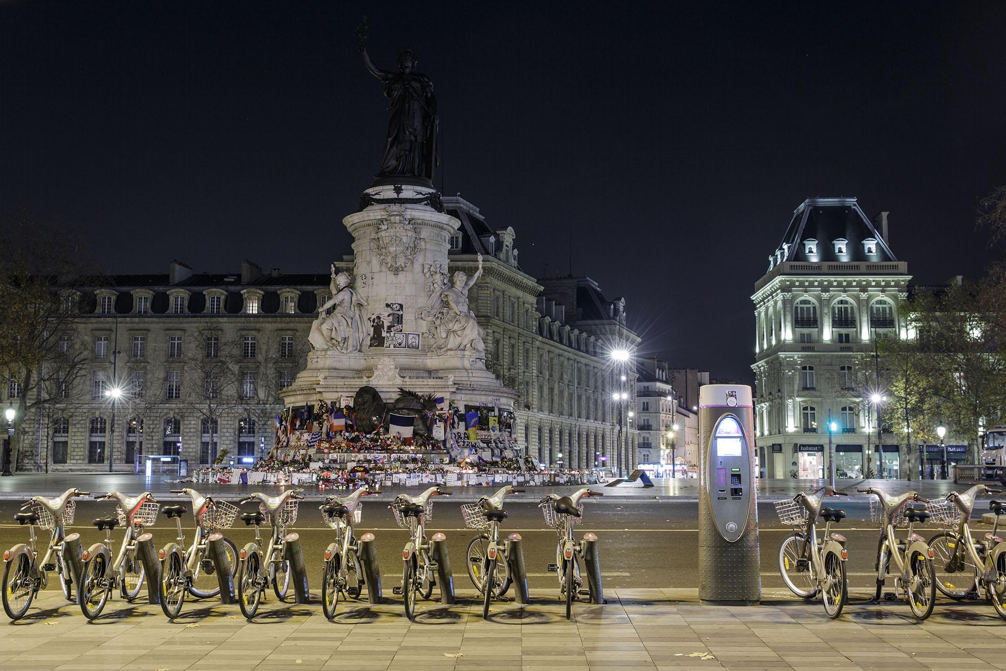 Peace for Paris_Agung Parameswara_03.jpg