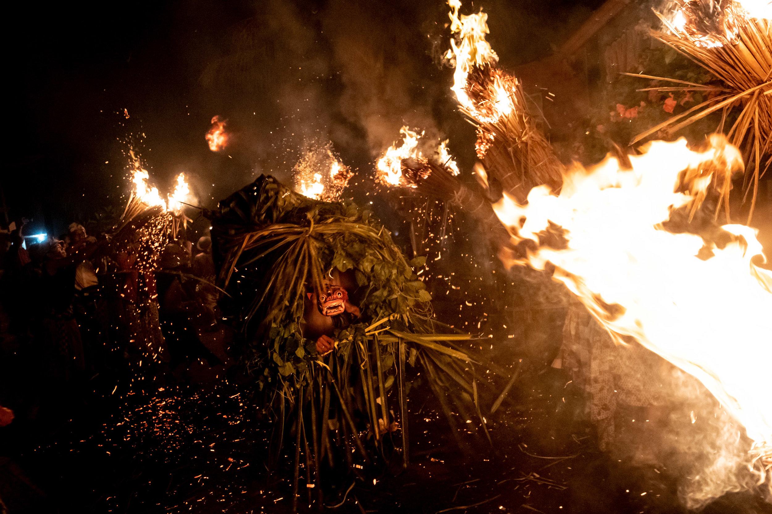 Agung Parameswara_sacred fire_002.jpg