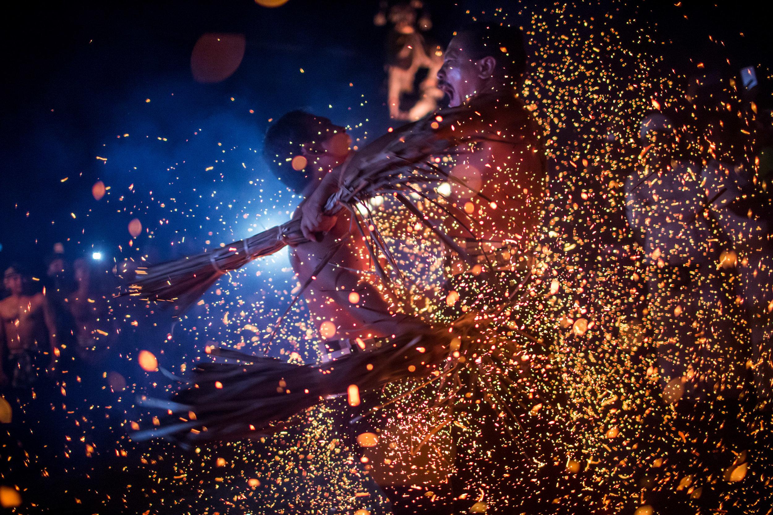 Agung Parameswara_sacred fire_014.jpg