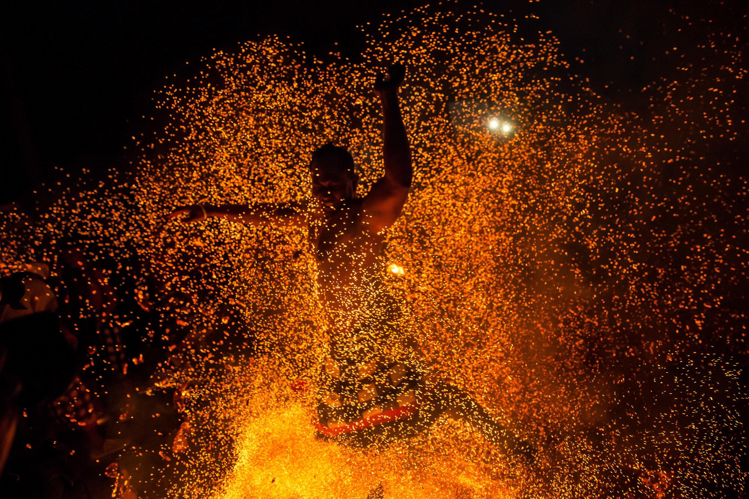 Agung Parameswara_sacred fire_015.jpg