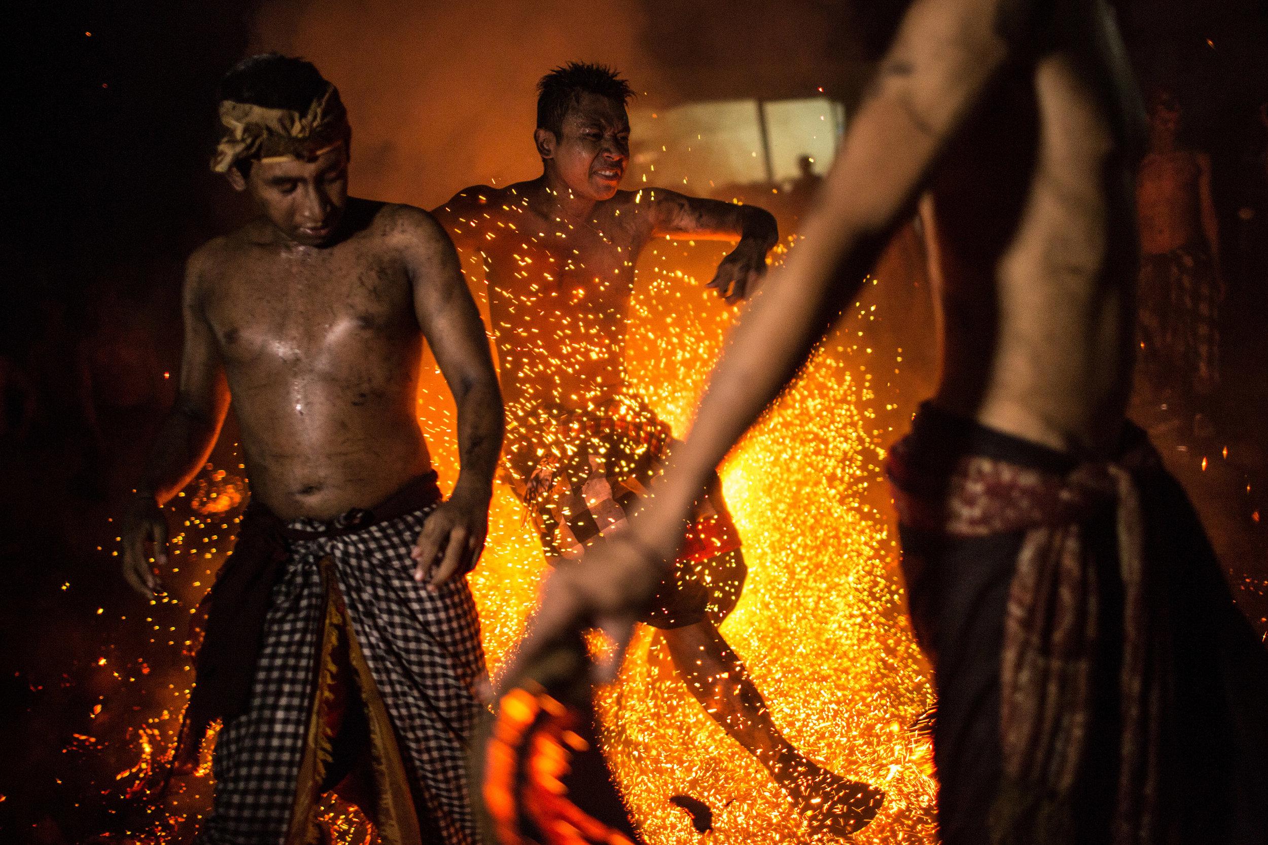 Agung Parameswara_sacred fire_018.jpg