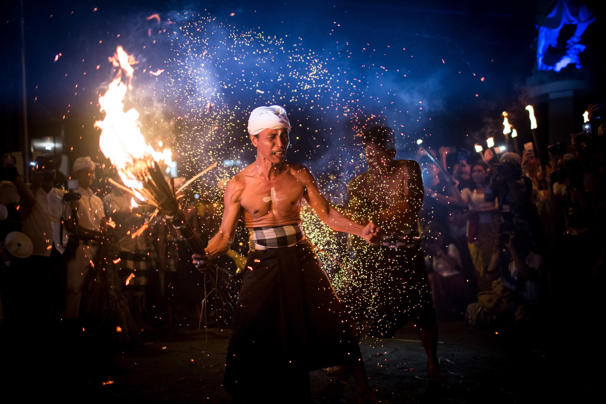 Agung Parameswara_sacred fire_020.jpg