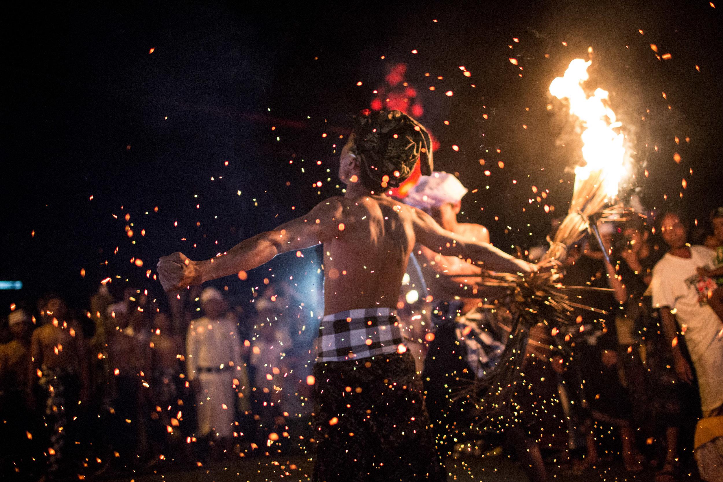 Agung Parameswara_sacred fire_025.jpg