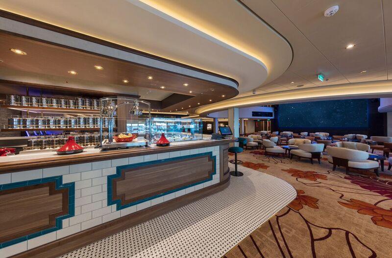lobby-cafe-02_orig.jpg