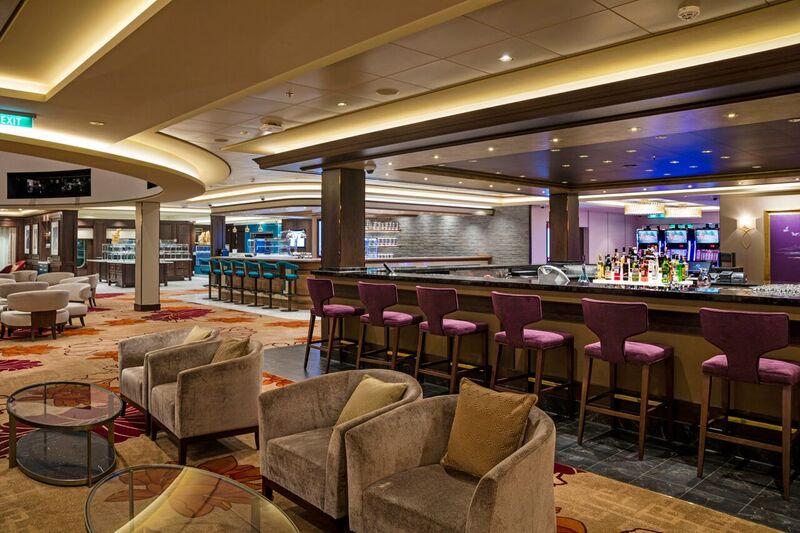 lobby-bar-02_1_orig.jpg
