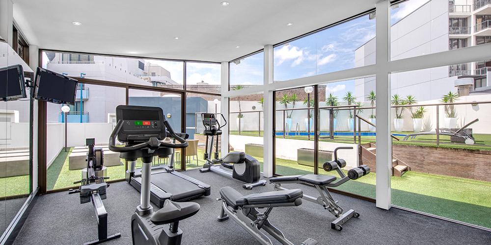 vibe-hotel-sydney-gym-2019-1000x500.jpg