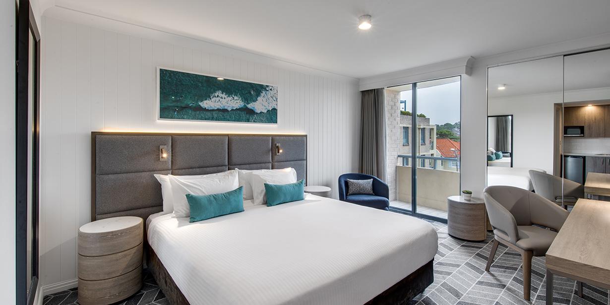 adina-apartment-hotel-coogee-sydney-studio-bedroom-01-2018-1230x615.jpg