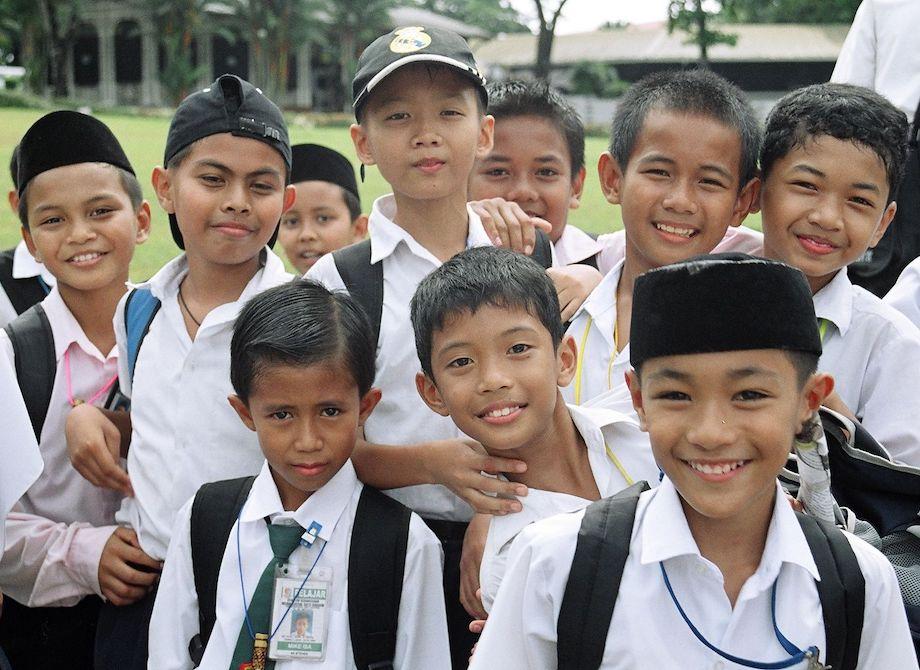 Borneo School Kids.jpg