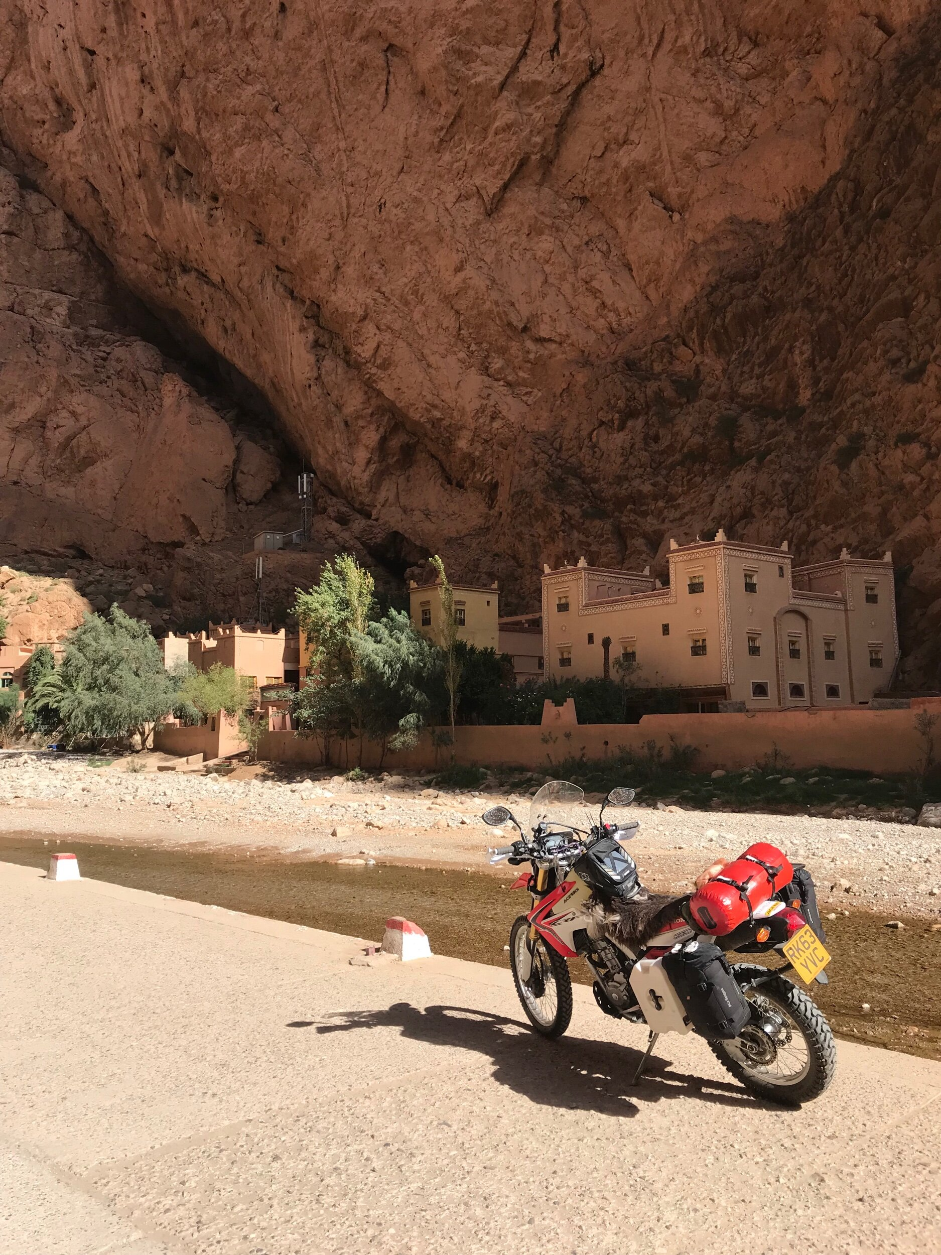 Imagine living there! Todra Gorge.