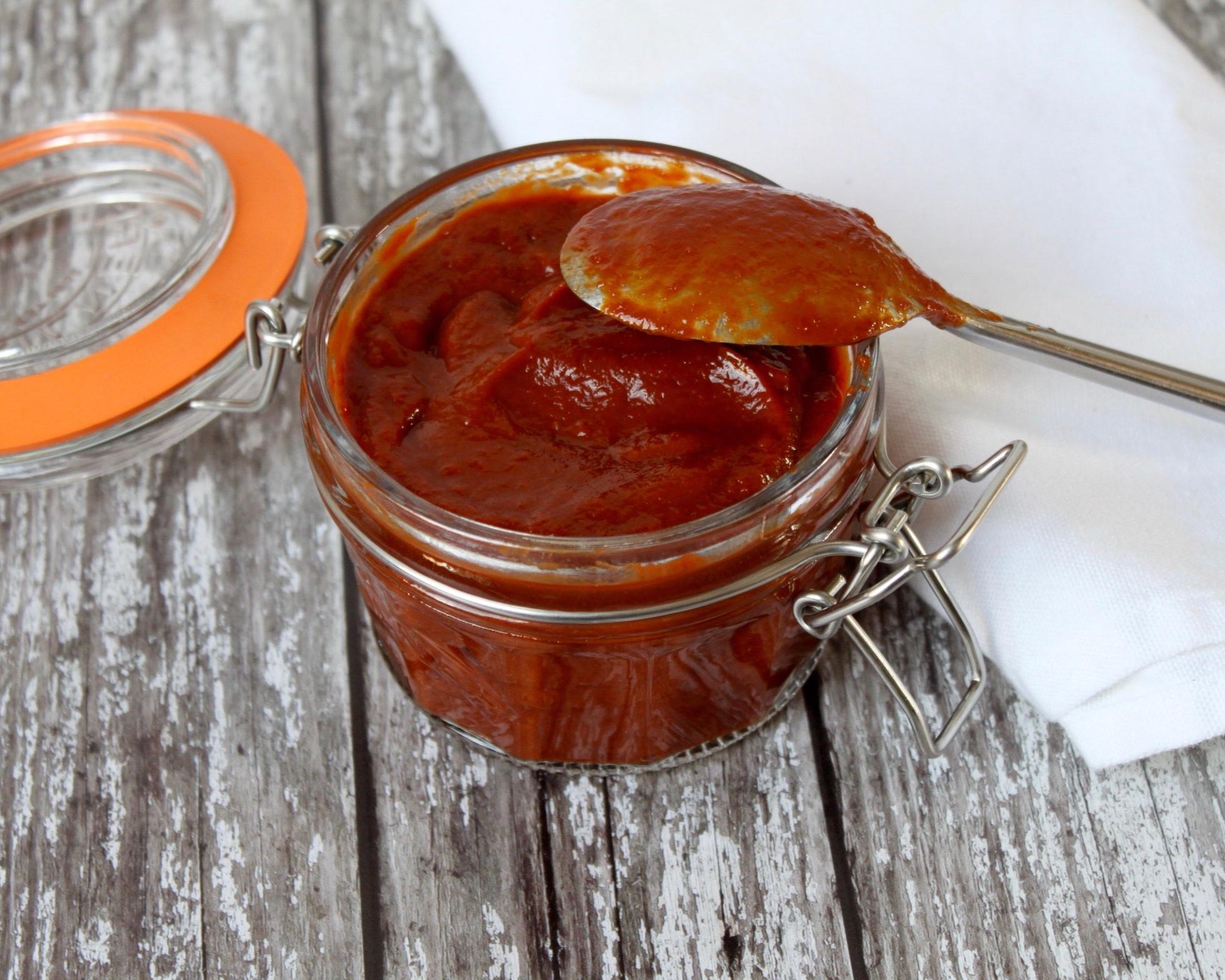 BBQ+Sauce+Nourish+by+Rebecca.jpg