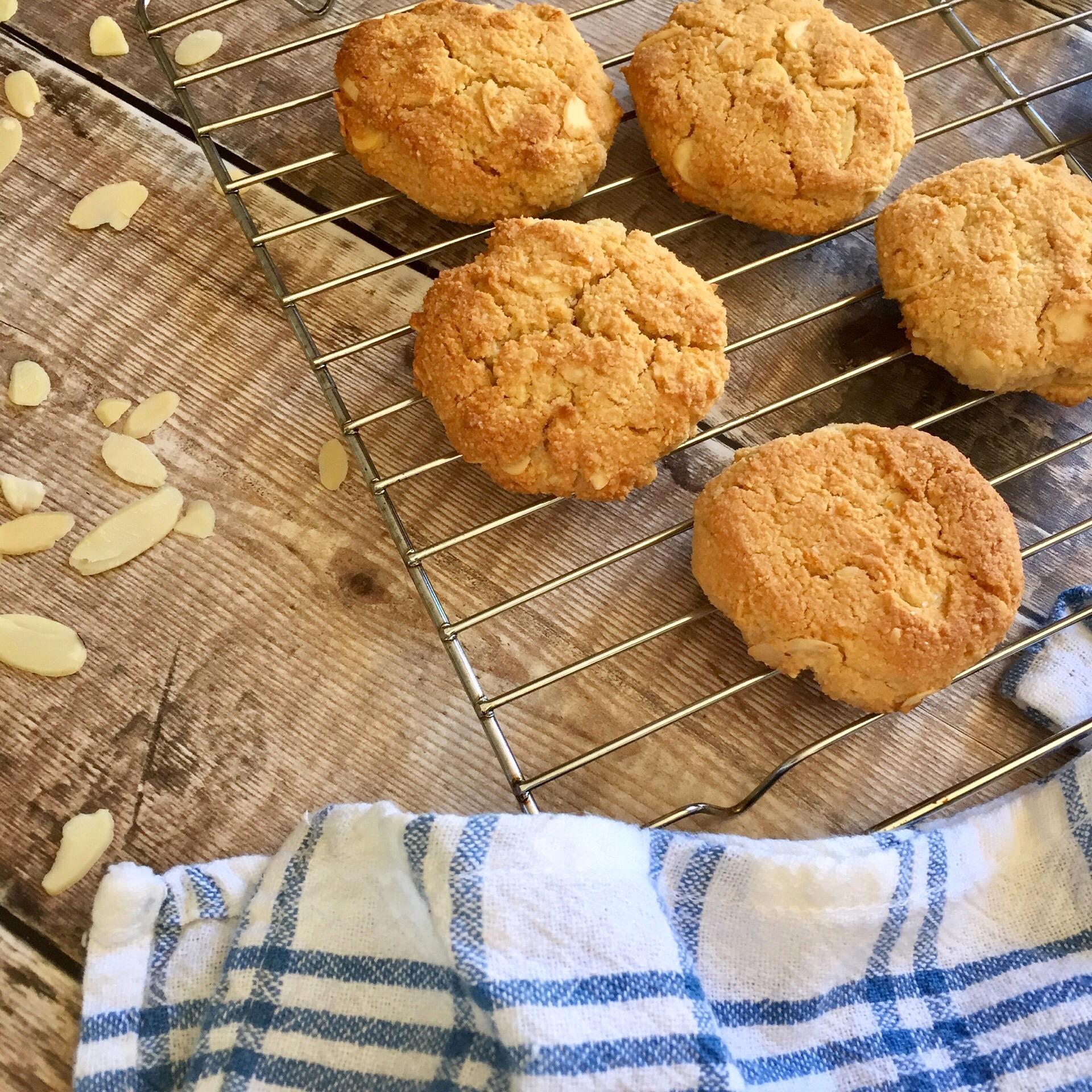 Almond & Orange Cookies