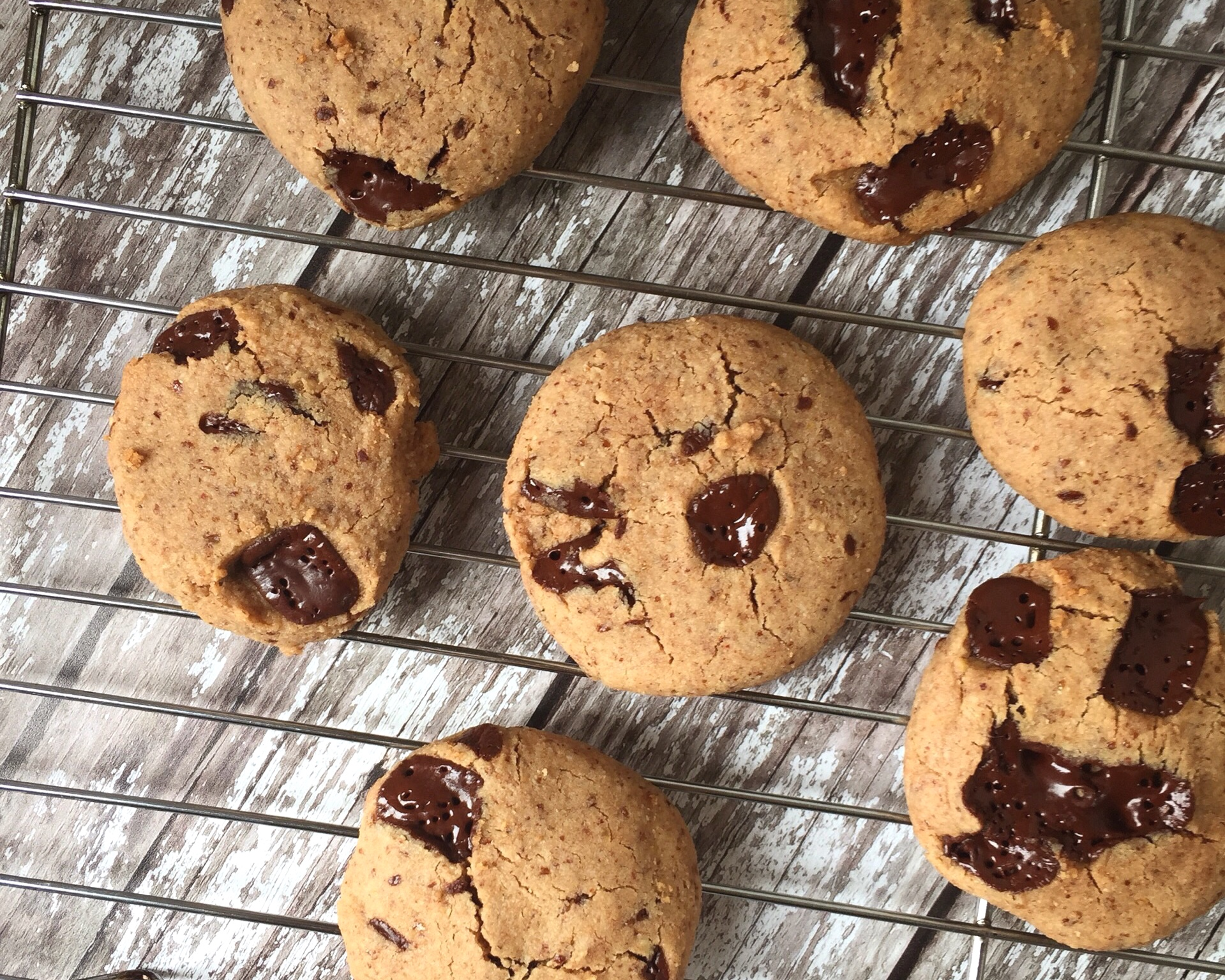 Almond+Butter+%26+Chocolate+Chip+Cookies+Nourish+by+Rebecca.jpg