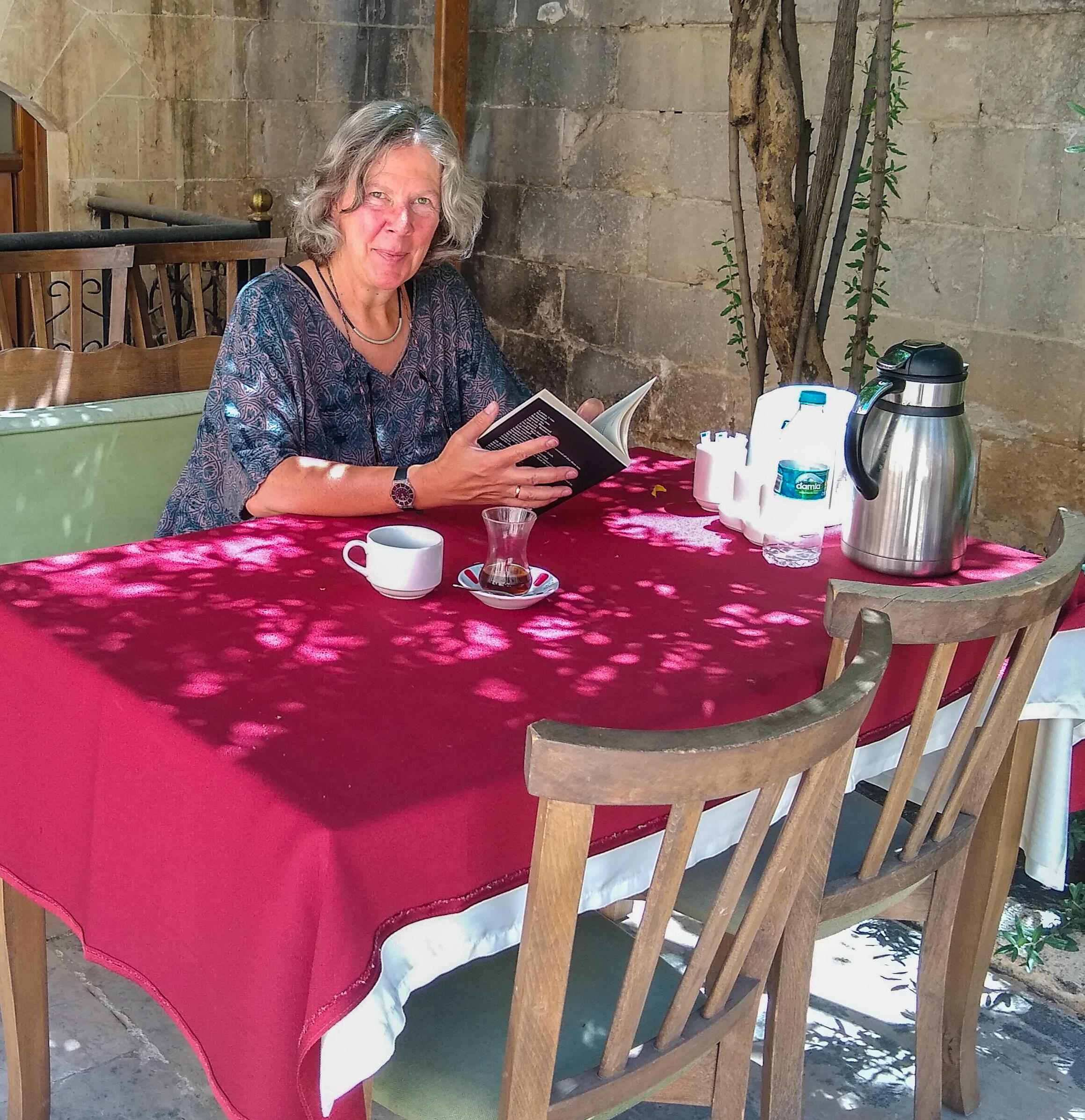 Safranbuli Work Table