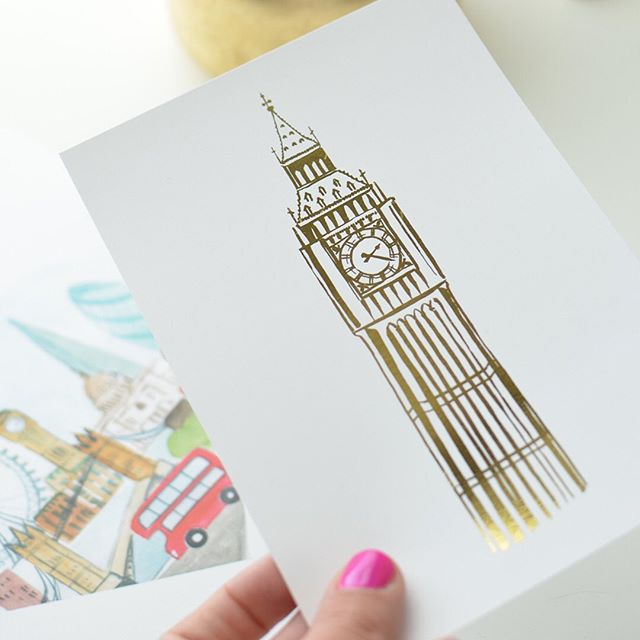 "Okay anyone else obsessing over @taylorswift ""London Boy""? The whole Lover album is on repeat at the office. 💕 If you can't tell by all the London prints in the shop, Taylor's not the only one who loves the English. 😀 #londonlove #englandart #goldfoilart #watercolorart"