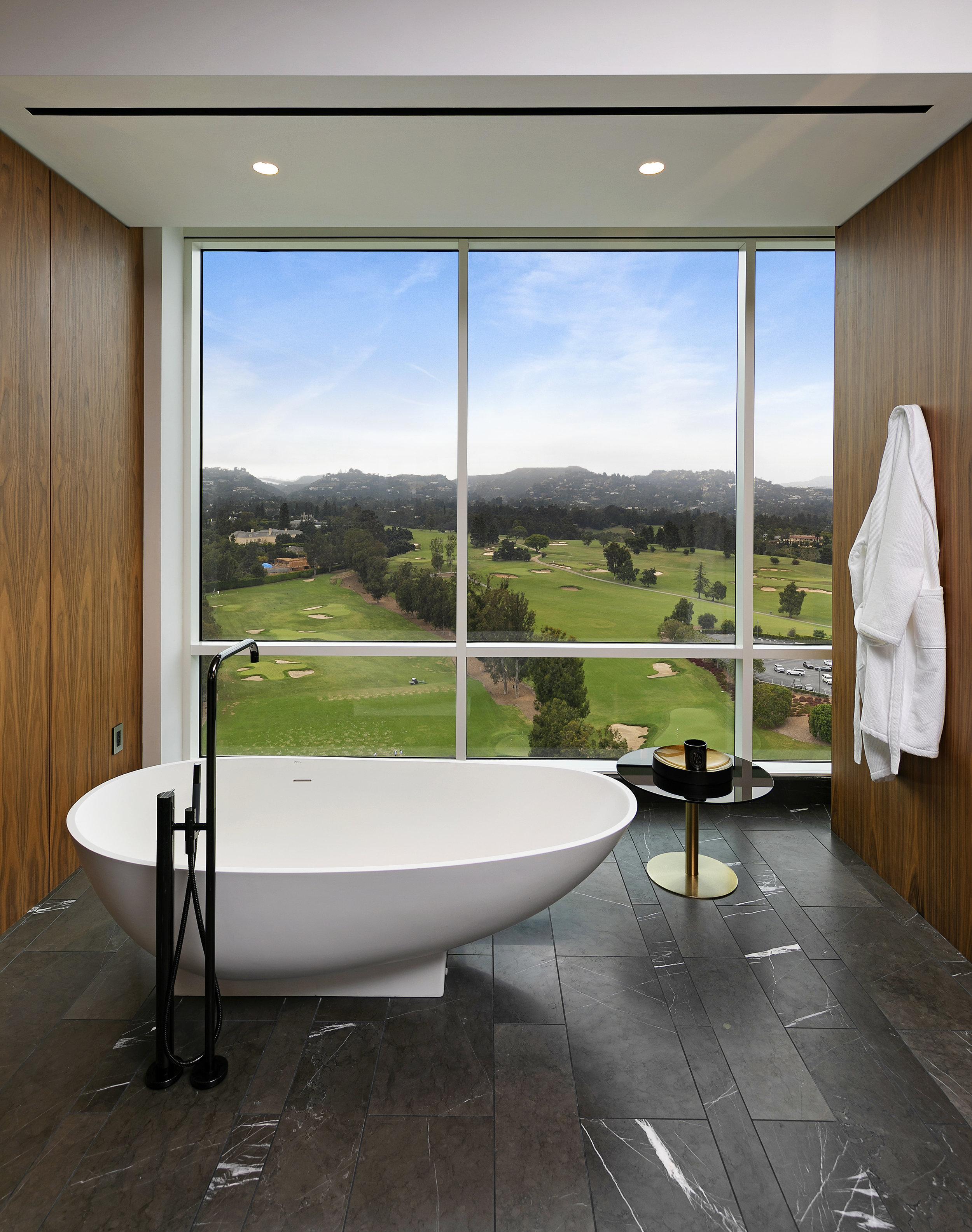 16-Master-Bath_60A5602_.jpg