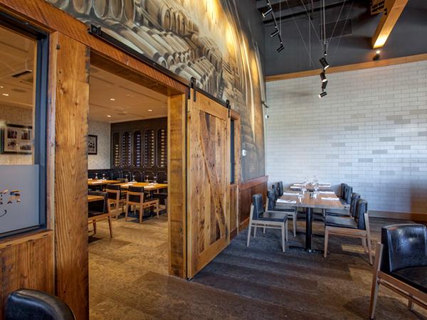 Frankie's-Italian-Kitchen-&-Bar---Ebony-Woodwork.jpeg
