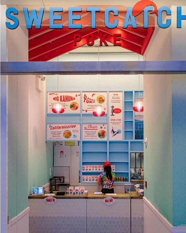 We recently worked on a redesign for @sweetcatchpoke at World Trade Center and on Park Ave with @simmergroup using strong pops of color to give off some tropical vibes. . . #sweetcathpoke #poke #nycpoke #nycdesign #nyc #design #architecture #fabrication #interiors #interiordesign #color #colorful #gradient #tropical #dezeen #designboom #designmilk #yellowtrace #boltdesigngroup
