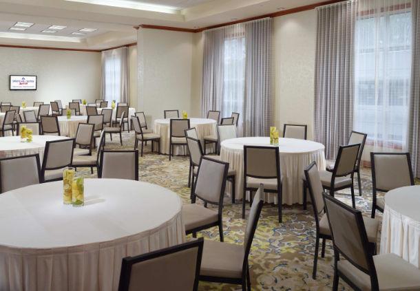 Amenity - Grand Ballroom.jpg