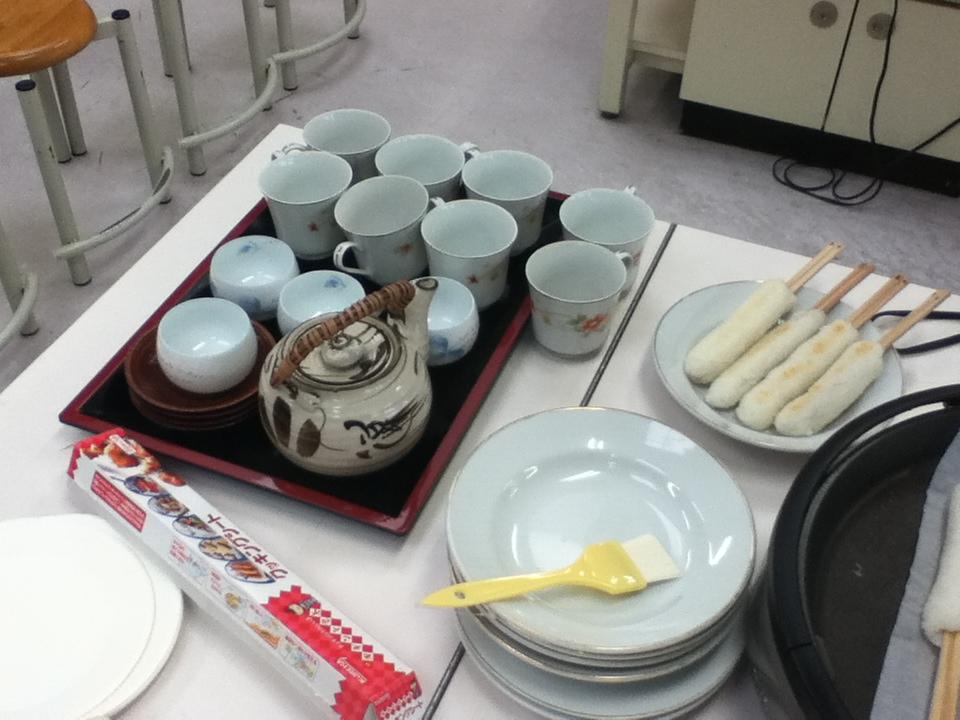 Kiritanpo: Akita's Specialty Dish - Kiritanpo and Tea