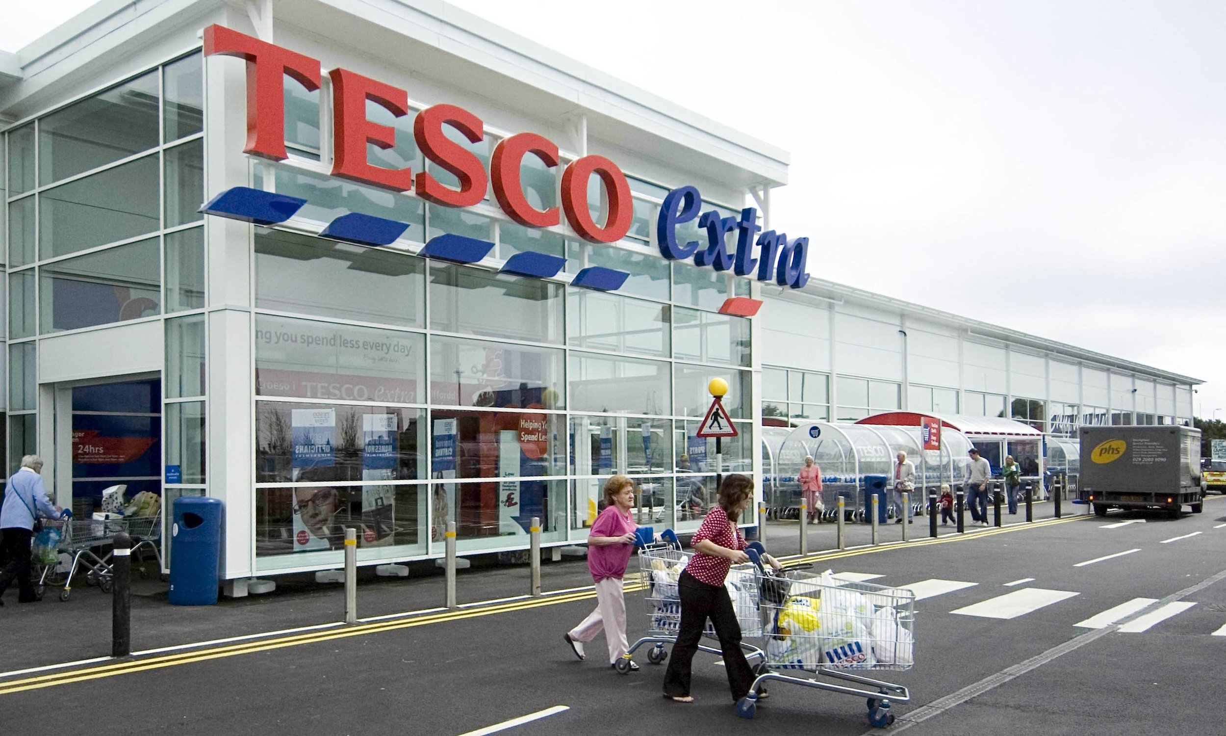 A Guide to UK Supermarket Chains - Tesco and Tesco Extra
