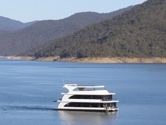 HC Houseboats -