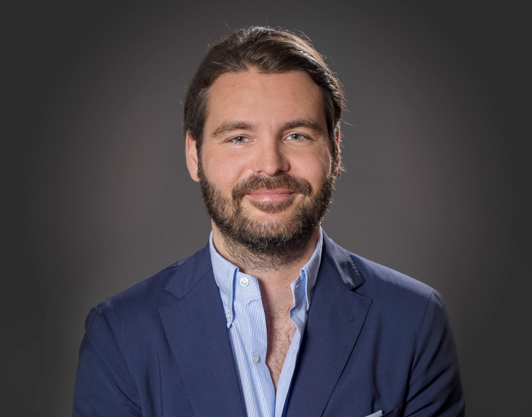 Victor Svensk  Chef Analys & Finansiering