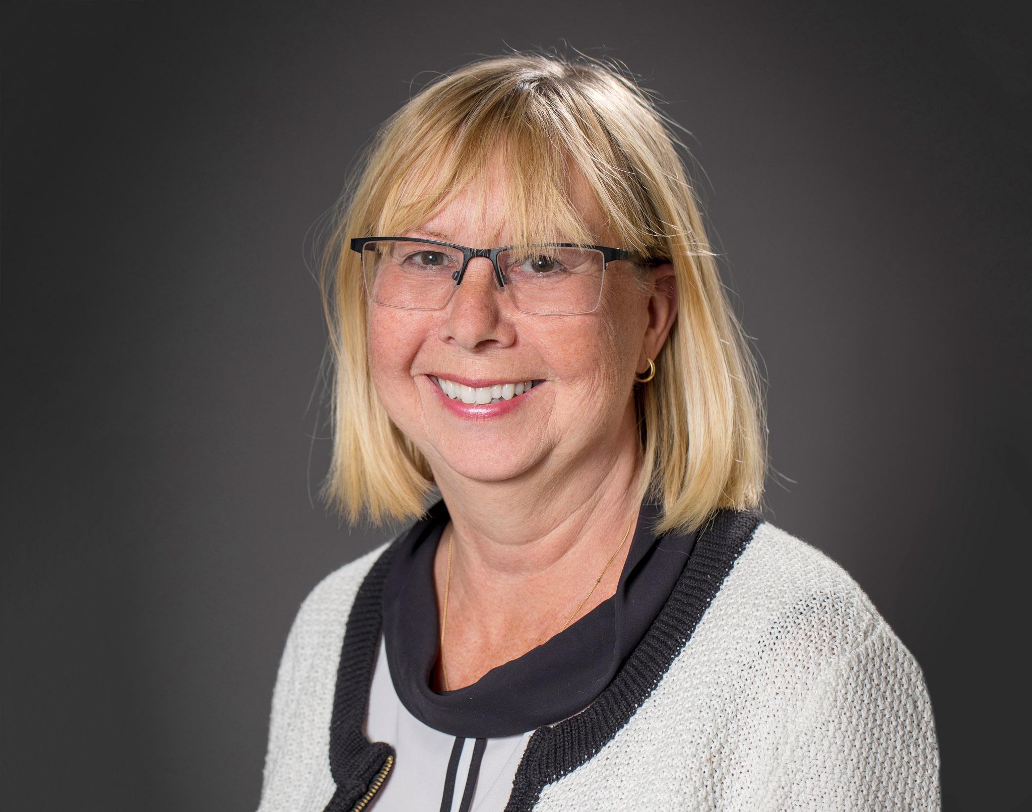 Anne-Lie Engström  Administrativ förvaltning