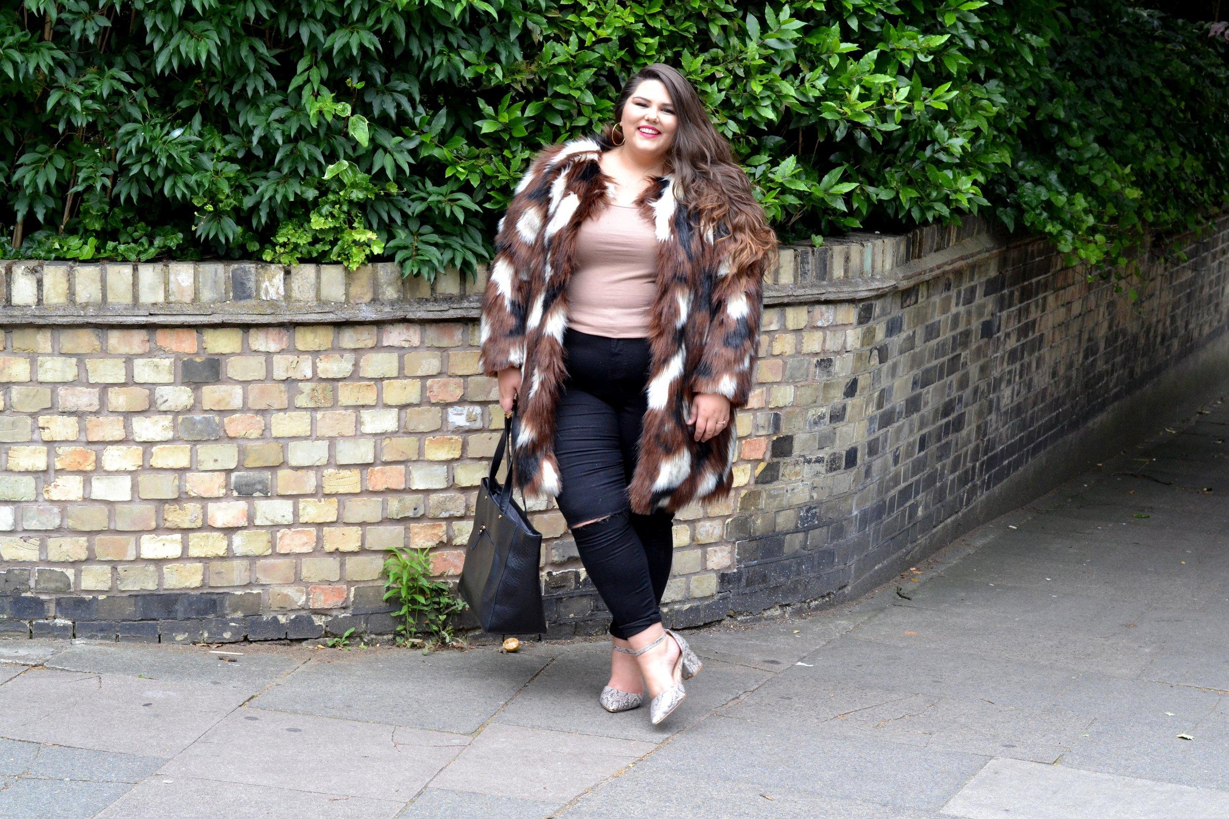 Elvi fur and jeans .JPG
