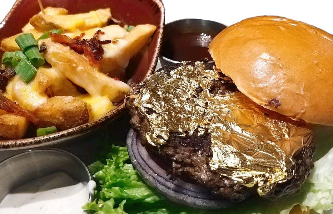 gold leaf burger.jpg