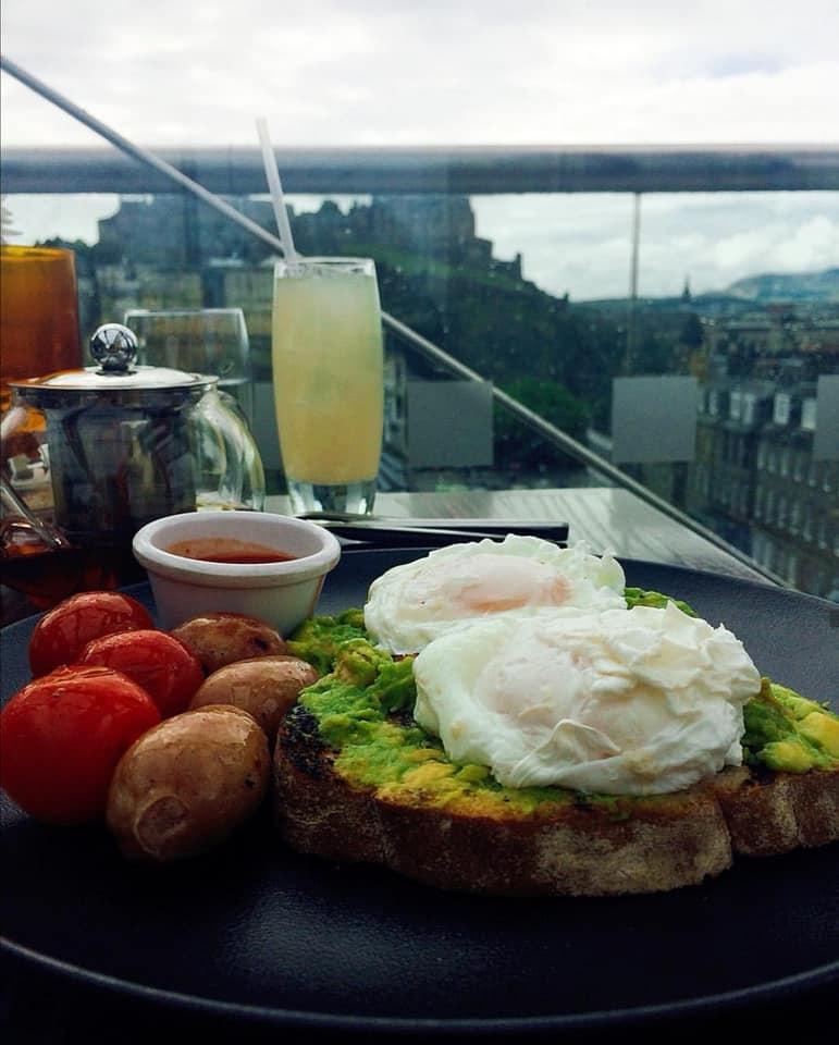 Chaophraya - Breakfast with one of the best views of Edinburgh Castle in the Burgh.chaophraya.co.uk/edinburgh/