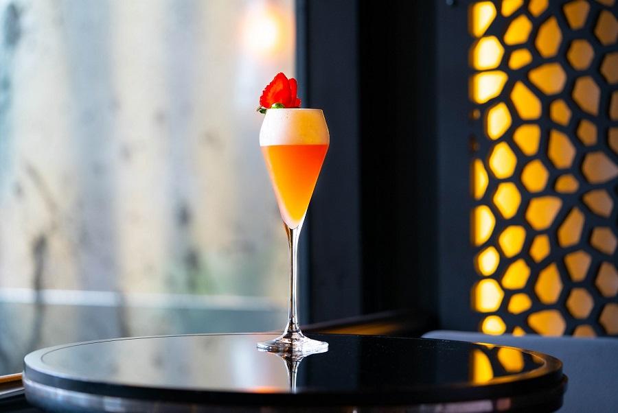 GAUCHO SUNRISE : Pink Gin, Amaretto, Lemon Juice and Homemade Strawberry Syrup