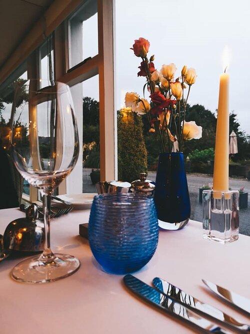 airds dinner table setting.jpg